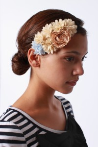 accessories-on-trend-on-budget-UO-Headband-250