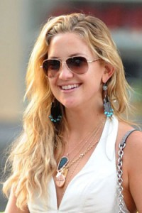 celebrity-closet-sunglasses-kate-hudson-250