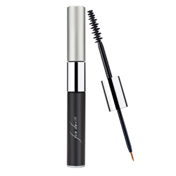 sue-devitt-nyfw-beauty-mascara-250