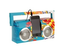 tech-gadgets-2-recycled-boombox-250
