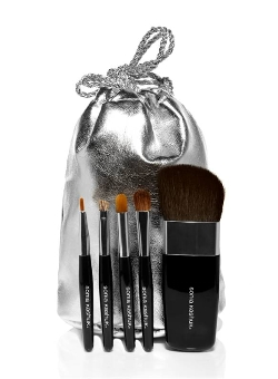 stocking-stuffers-sonia-kashuk-brushes-250