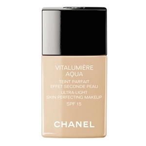 chanel-vitalumiere-aqua-foundation1